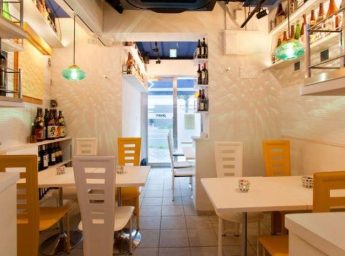 桜田通り1階・清潔感のある爽やかな内装のカフェバー居抜き☆イメージ画像1