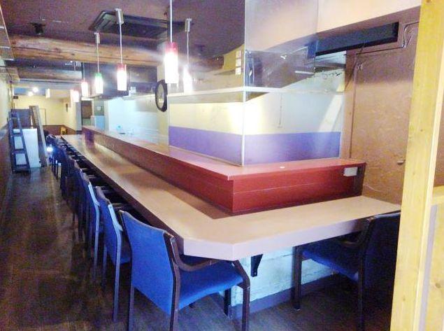 飲食店が連なる八幡通り・視認性良好の1階路面店舗◎汎用性の高いバル居抜き!イメージ画像1