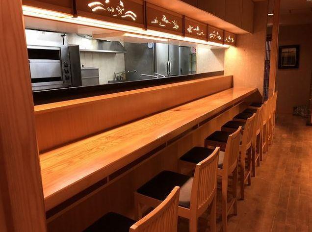 湯島駅から徒歩1分☆雰囲気のある和食料理店居抜き!上野広小路駅も利用可能です◎イメージ画像1