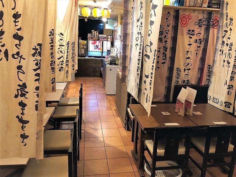都内屈指の繁華街・歌舞伎町一等地!人通りの多いメイン通りで集客見込み大♪Barなど軽飲食業態にオススメの地下1階店舗!イメージ画像1