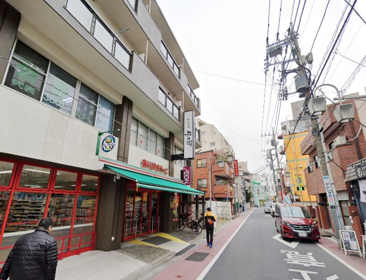 綾瀬駅徒歩2分!専用階段有り、2階居酒屋居抜きイメージ画像1